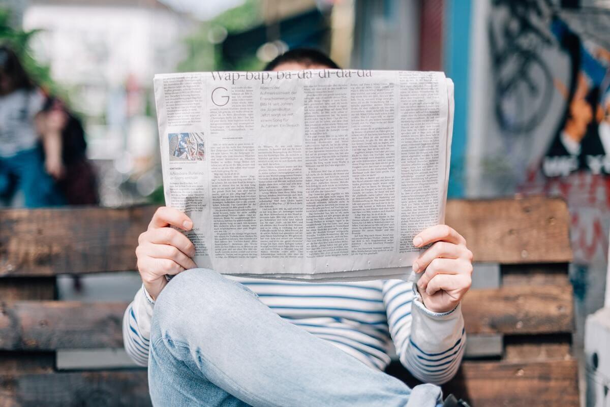 バイナリーオプション初心者が絶対にやってはいけない勉強法②新聞を読む