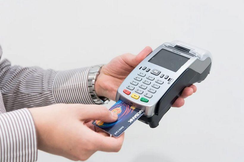 ハイローで使えないクレジットカードは