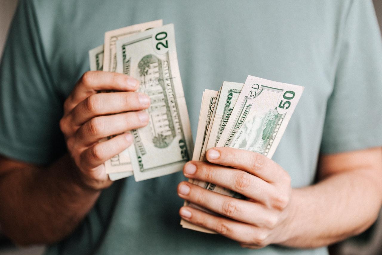 バイナリーオプションで月3万を稼ぐ方法は存在する